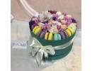 Цветы и макаруны доставка курьером в Ессентуки
