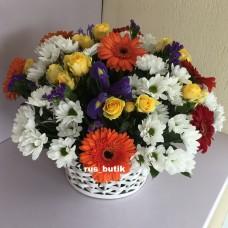 Корзина цветов 03