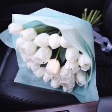 Букет тюльпанов 05